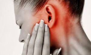 Простые народные средства от боли в ухе
