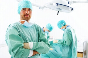 Пупочная грыжа у взрослых: операция, отзывы