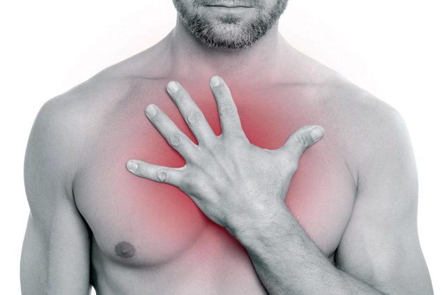 Шишка в области грудины - это симптом грыжи?