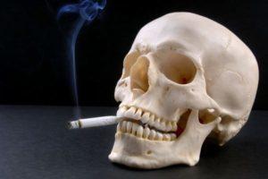 Курение ухудшает состояние печени и приближает климакс