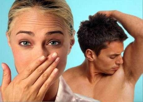 Почему от человека пахнет мочой: причины, возможные заболевания и лечение уридроза