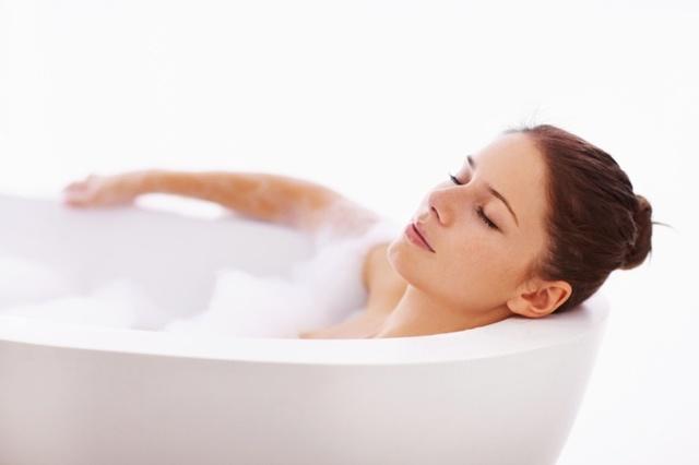 Можно ли греться при цистите: в ванной, грелкой, бутылкой - польза и вред, показания и противопоказания