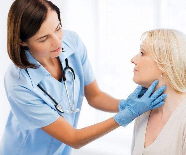 Моча с запахом аммиака у женщин: причины, диагностика, лечение