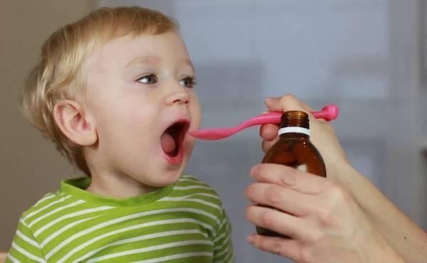 Частый сухой кашель у ребенка: что делать, виды и причины кашля