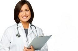 Основные симптомы и методы лечения ушных пробок
