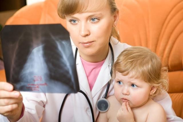 Пневмония у грудничка: симптомы без температуры и причины