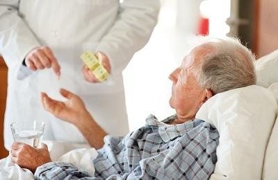 Сколько лежат в больнице с пневмонией: диагностика и лечение