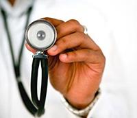 Аускультация при пневмонии: проявления патологии и диагностика