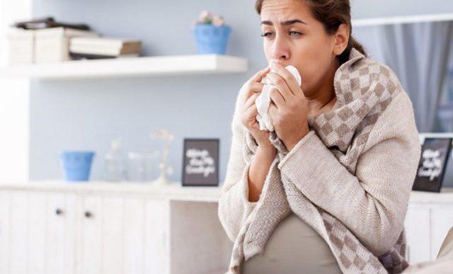 Признаки туберкулеза легких на ранних стадиях: симптомы у взрослых женщин