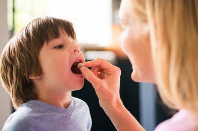 Таблетки от кашля или Мукалтин: что лучше и принимать ли их вместе