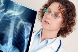 Лечение пневмонии народными средствами: популярный рецепт
