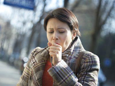 Першение в горле вызывает сухой кашель: профилактика и лечение