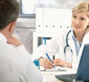 Кашель не проходит месяц: особенности и чем лечить