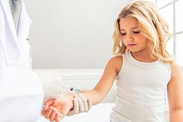 Ревакцинация БЦЖ в 7 лет: что это такое, стоит делать или нет и какая должна быть реакция