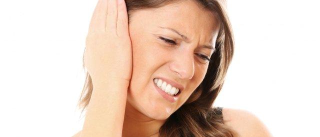 Чем лечить боль в ушах при простуде?