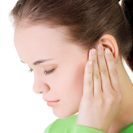 Если болит ухо - как лечить заболевание