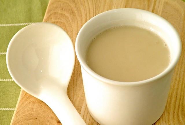 Прополис от кашля: настойка, прополис с молоком, свойства продукта