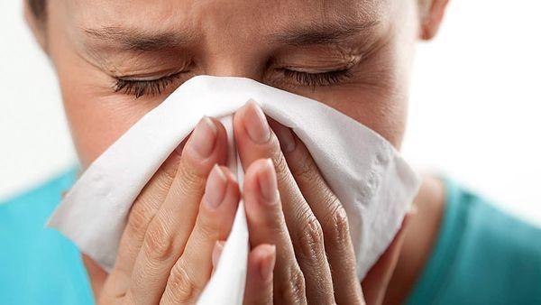 Кашель до рвоты у взрослого без температуры: причины и как лечить
