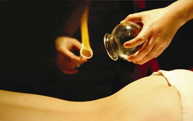 Массаж при пневмонии у взрослых: виды массажных процедур
