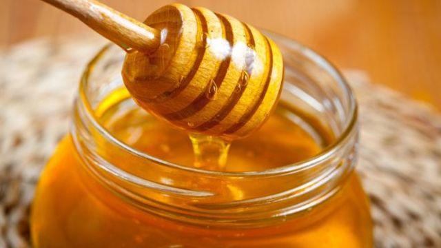 Медовая лепешка при бронхите: использование и приготовление