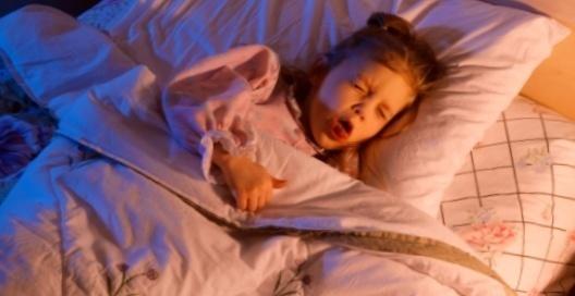 Астматический бронхит у взрослых: симптомы, осложнения и лечение