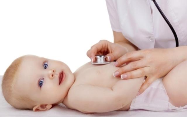 Бронхит у грудничка: лечение, фитопроцедуры и народная медицина
