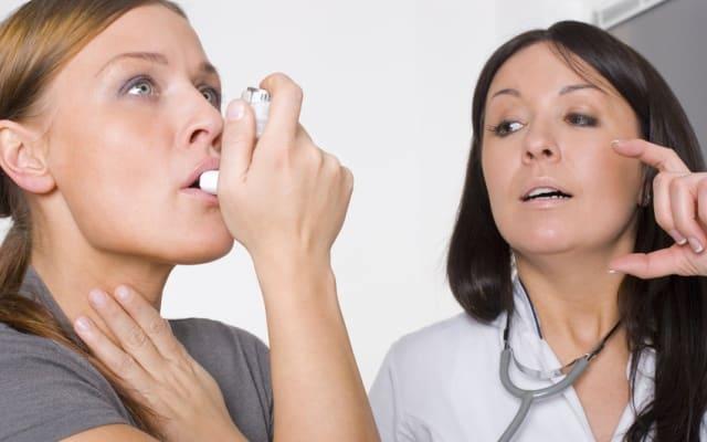 Ступенчатая терапия бронхиальной астмы: 5 ступеней лечения
